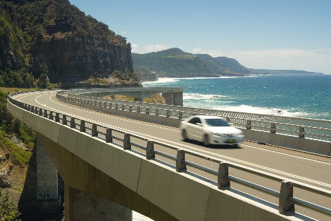 driving the Sea Cliff Bridge