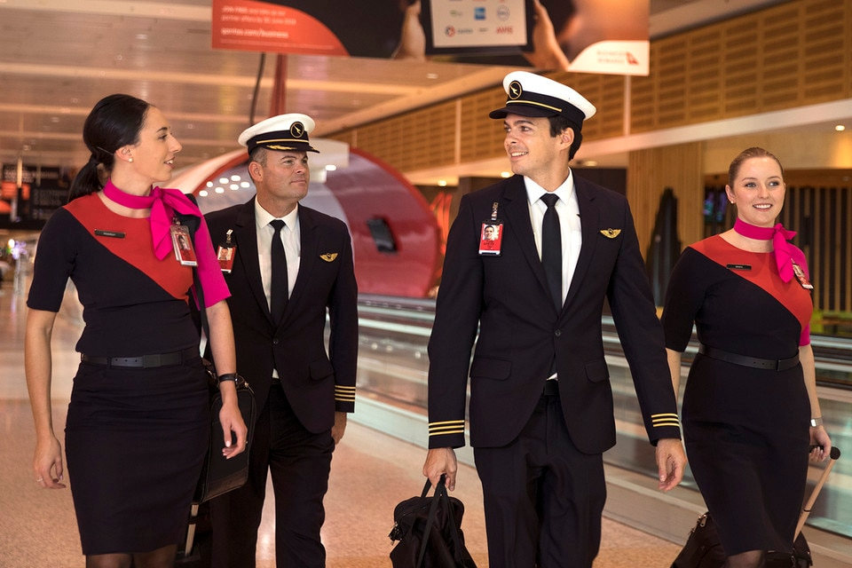 qantas-flight-attendant-pilot-walking