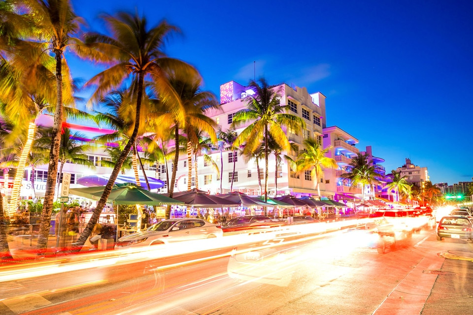Neon lights on Ocean Drive, South Beach, Miami.