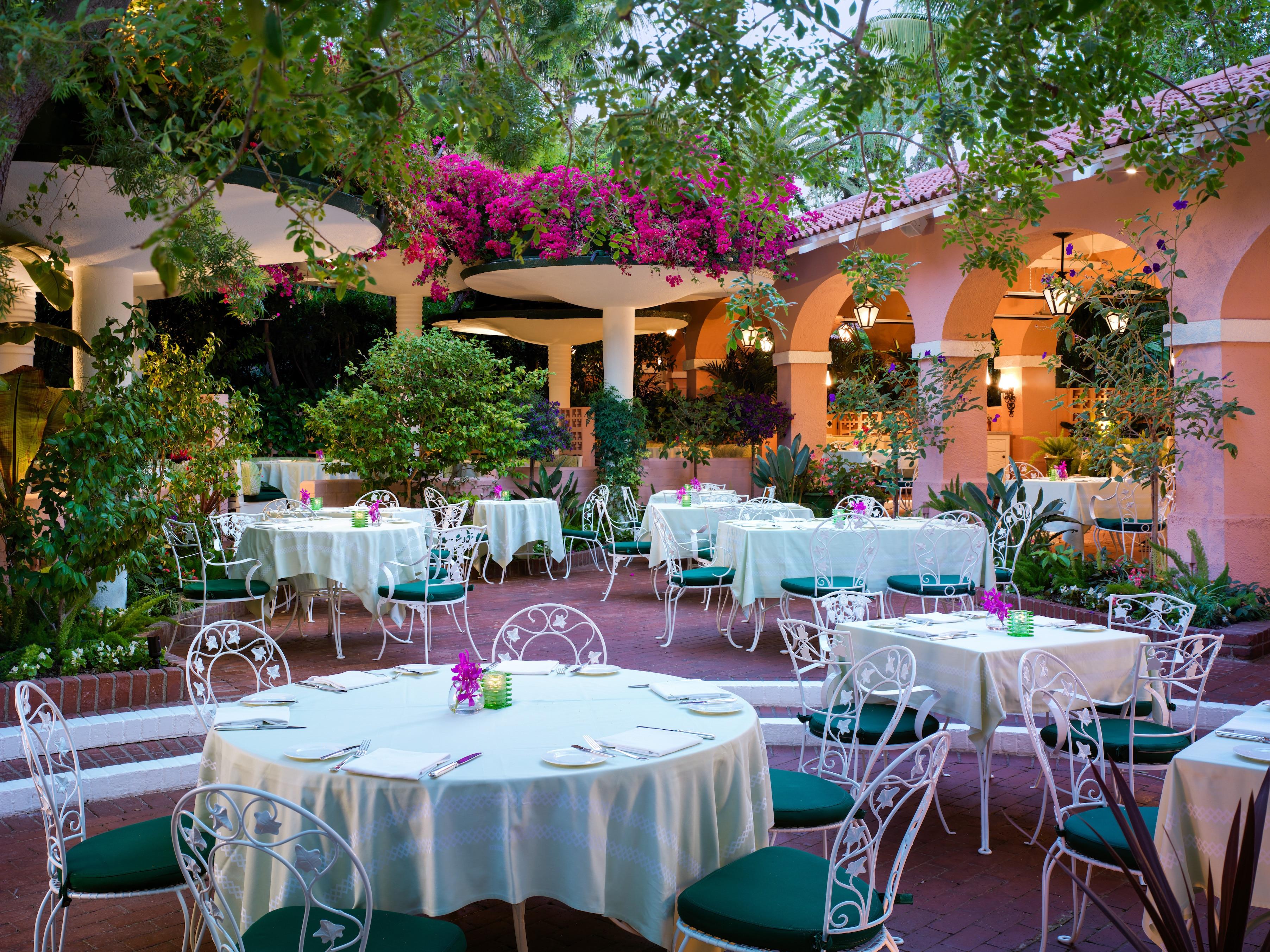 La Restaurants Perfect For Celebrity Spotting Travel Insider