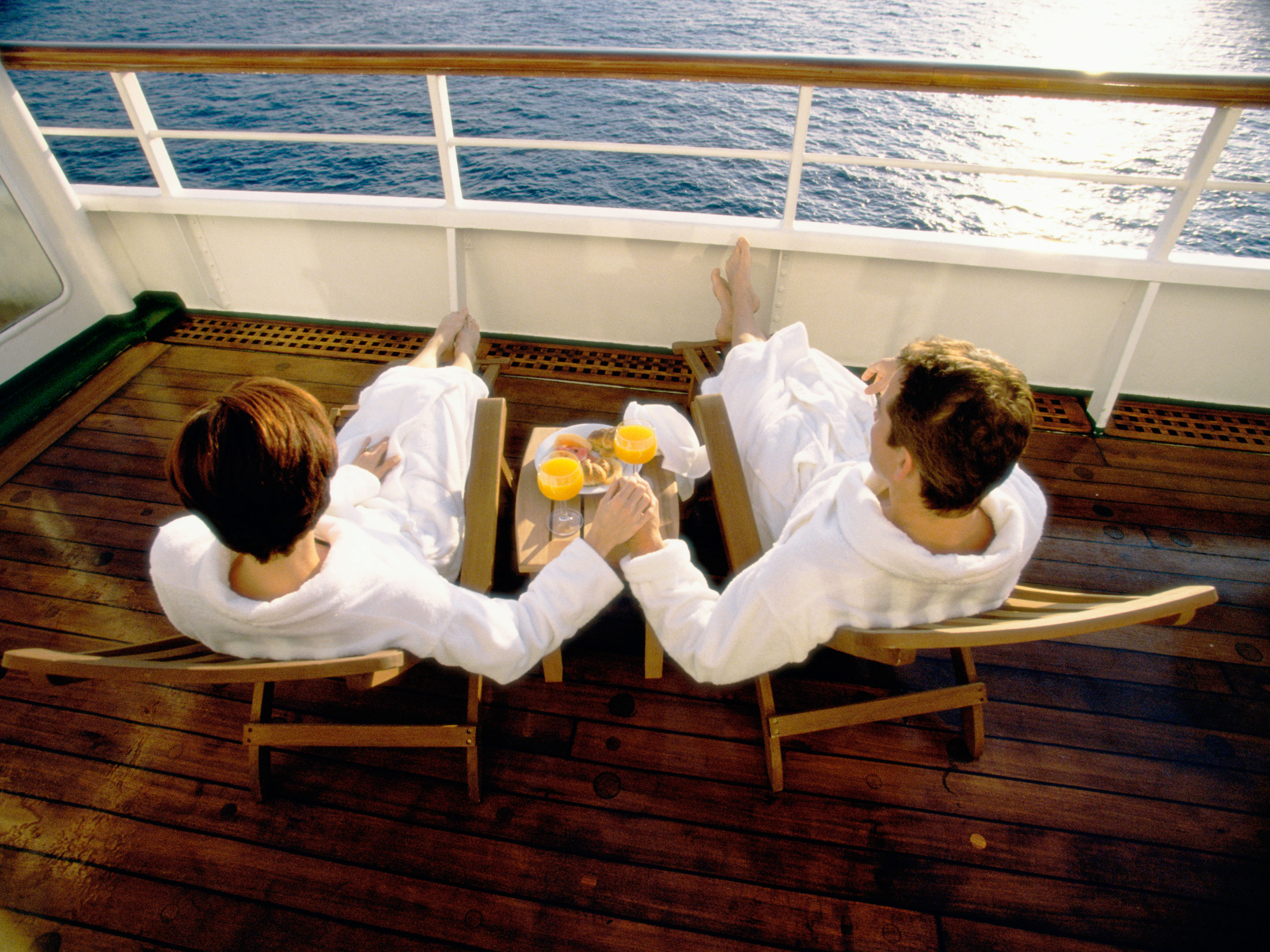 The Time I Went On A Lesbian Cruise And It Blew Up My Entire Life