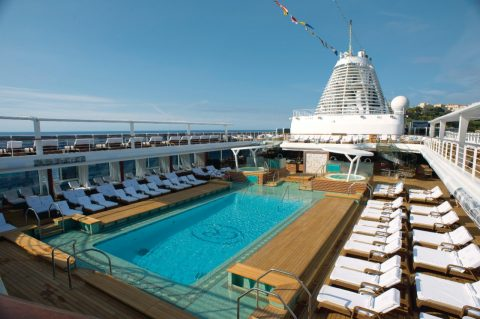 seven seas explorer rooftop pool