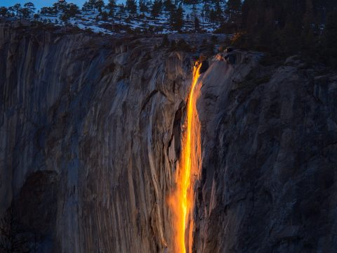 The fiery waterfall of Horsetail Fall, USA