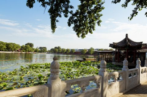 Houhai-lake-morning-beijing