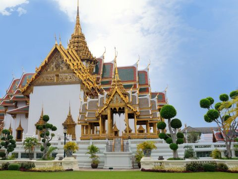 Book flights to Bangkok