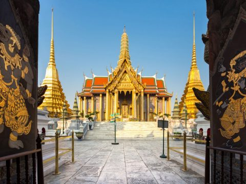 Visit the sacred site of Wat Phra Kaew
