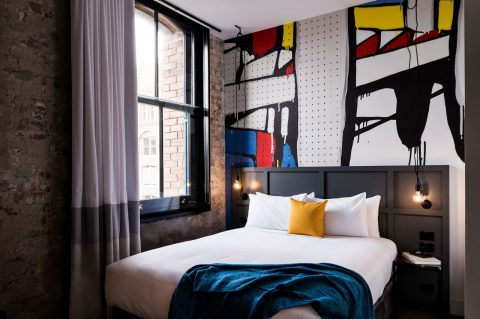 Ovolo 1888 Darling Harbour Shoebox room