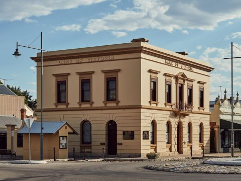 Take the High Road to Beechworth