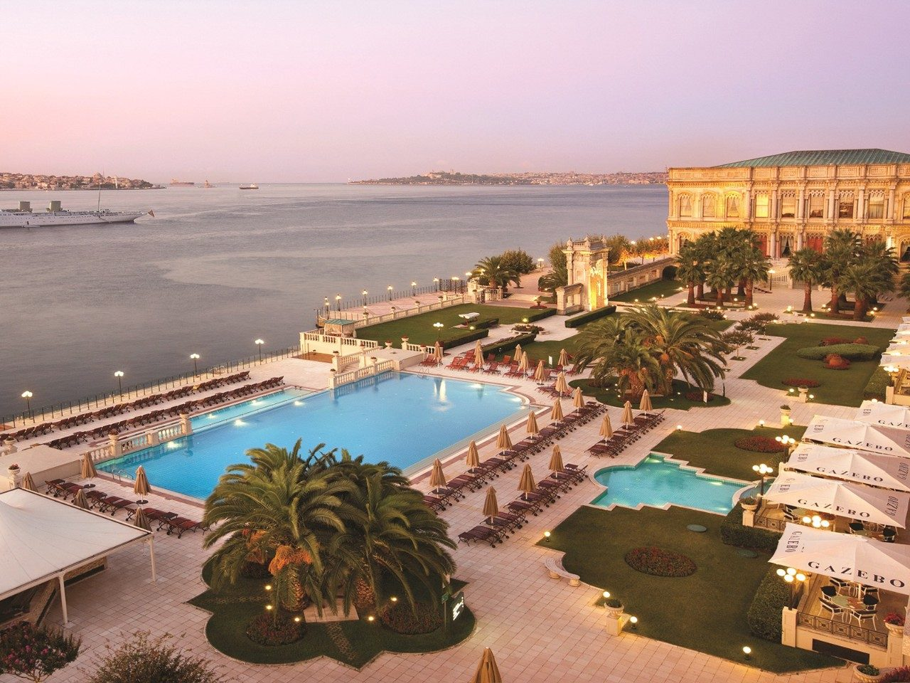 luxe-hotels-istanbul.jpg