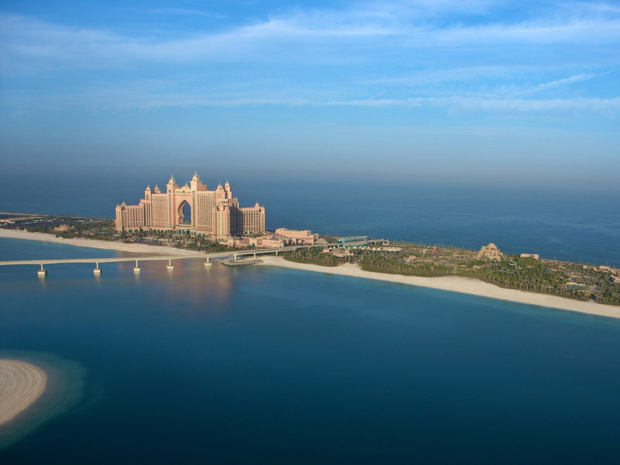 Atlantis-The-Palm-resort-dubai.jpg