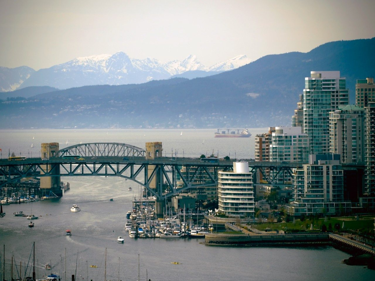 vancouver-harbour-tour-things-to-do-vancouver-guide-thinkstock.jpg
