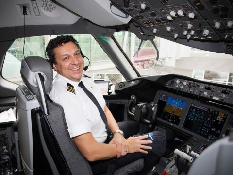 5 Things that Surprised a Qantas Pilot about the Dreamliner
