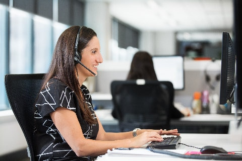 Qantas Agency Connect Consultant on phone