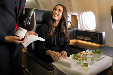 Business-suite-a330-dining-service