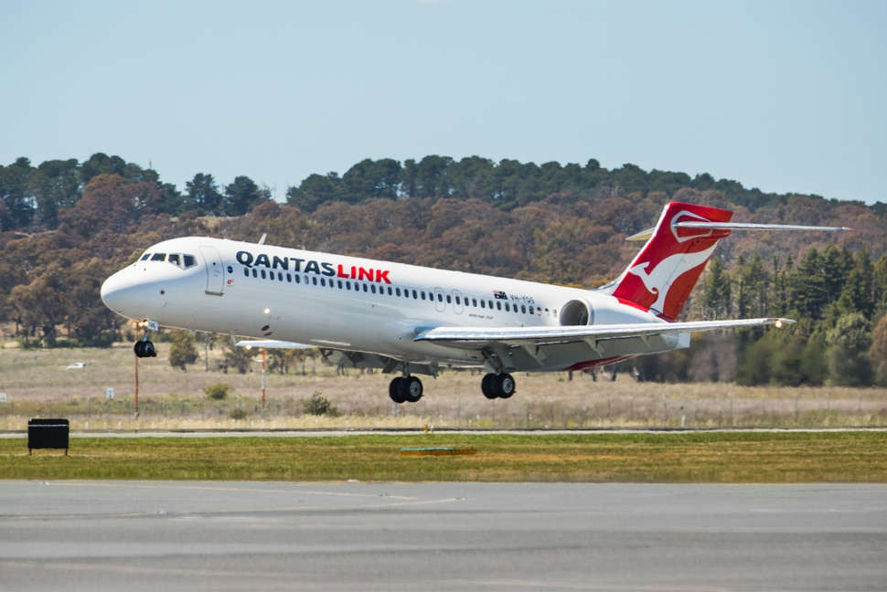 Qantas Link B717 taking off