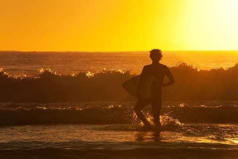 surfer-gold-coast -queensland