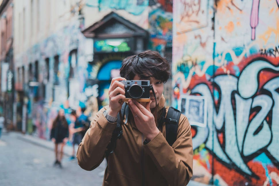 Taking photo of the street art in Melbourne